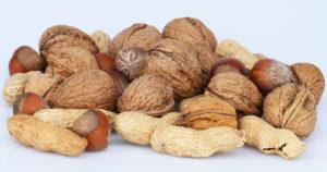 Nüsse für Haare