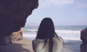 lange-haare-am-strand