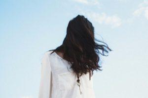 lange-schwarze-haare