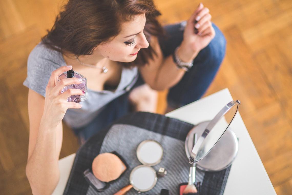 Kosmetik Make Up