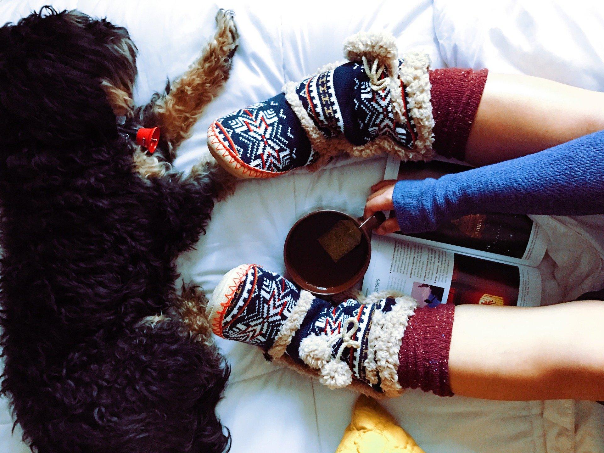 Füße und Socken