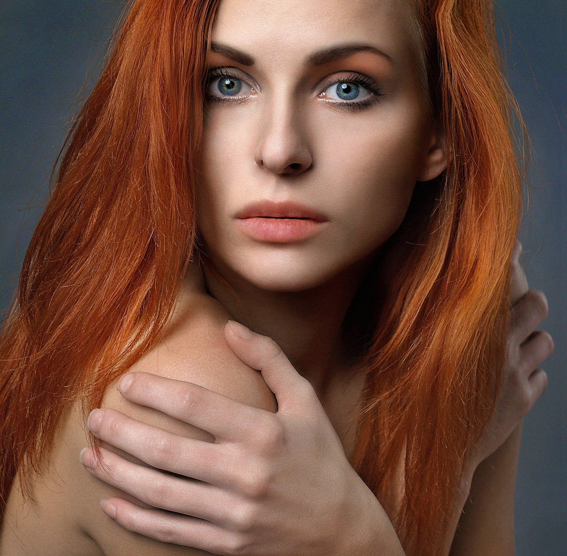 rotes langes Haar